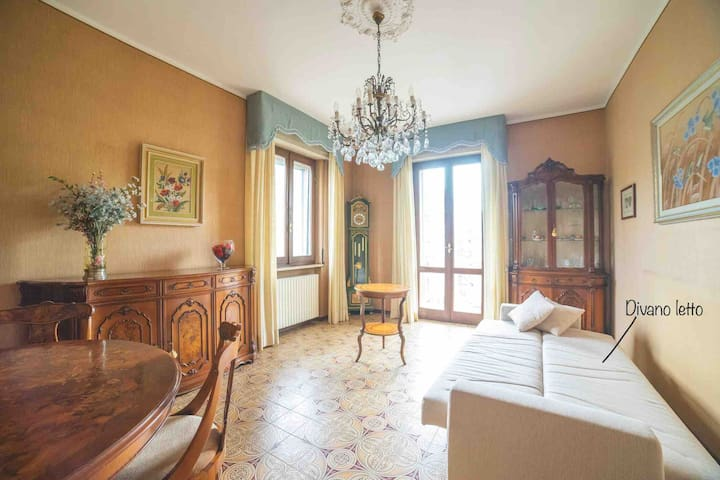 Spaziosa camera a Cremona