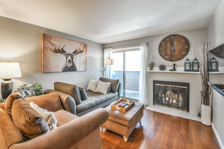 1 BR Condo-Walk to Lift @ BC-Mins from Vail!