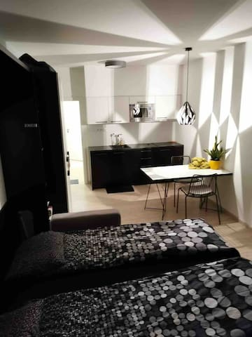 Modern studio in Prague,2 min from trams and metro