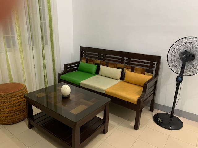 Cozy Apartment w/ 25Mbps Wifi - 15 min walk to BGC