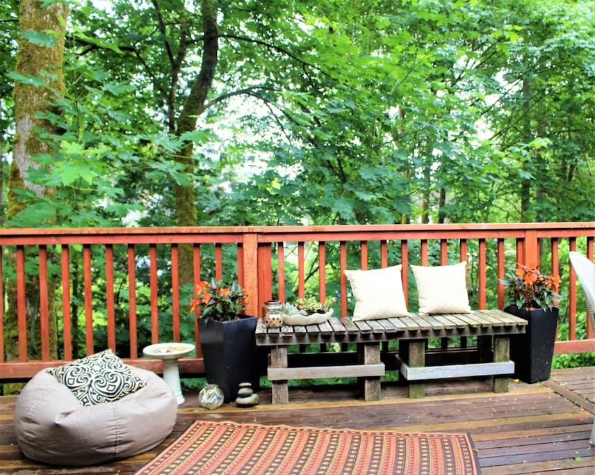 Your All Year Retreat is Here! Private deck w/ lounging chairs, propane grill, and incredible PNW lush forested view!!!