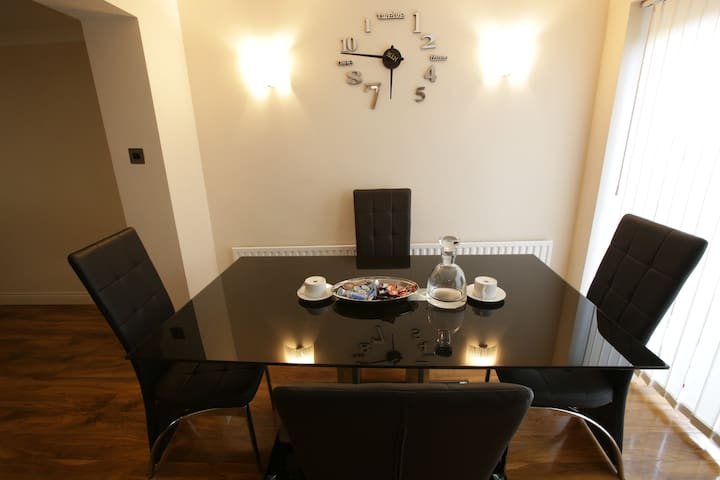 Amazing apartment/ Welling station/ Danson Park