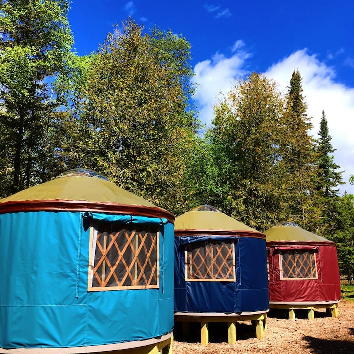 Yurt on Secluded Lake Huron Island - Off Grid