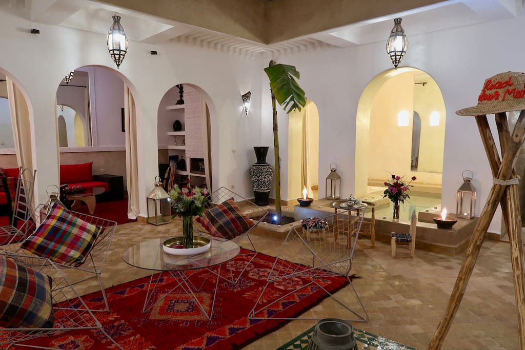 Riad couleur m dina jacuzzi piscine chauff e maisons for Riad marrakech piscine chauffee