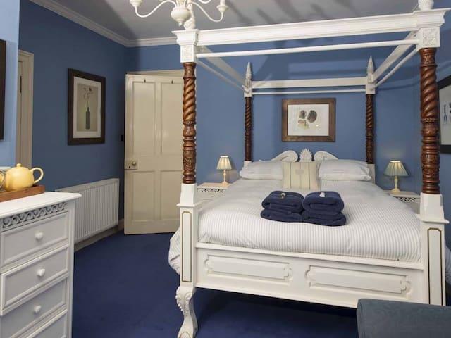 B&B room Lang Reach with en suite shower