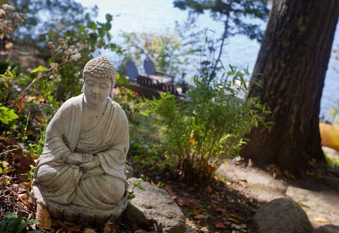 Ayurveda Inspired Wellness Retreat on Serene Lake