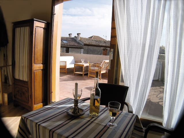 Lovely & romantic house, near Carcassonne & beach. - La Redorte - Rumah