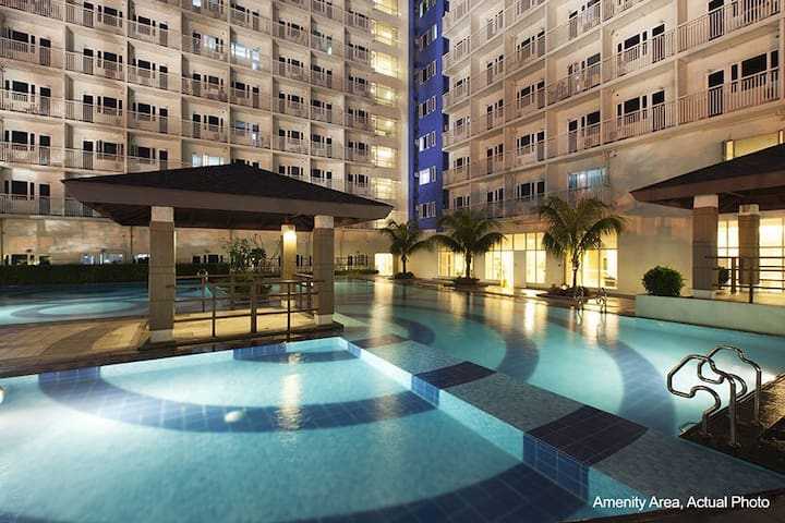Condominium Unit With Amenities - Ciutat Quezon - Apartament