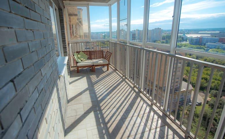 Просторная 2-к в центре с панорамн.видом от RentAp