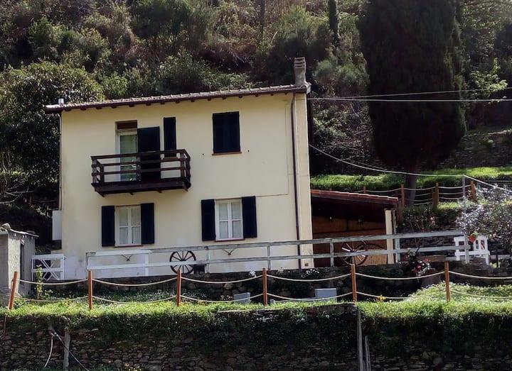 Casa indipendente ,verde....relax.....mare