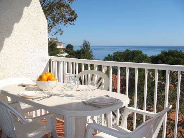 125 Apartment to rent sea views with a terrace quiet area