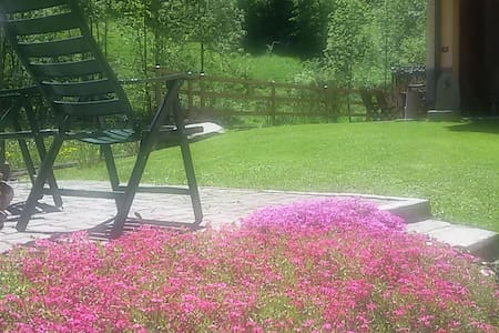 Grazioso bi-locale con giardino vicino al bosco
