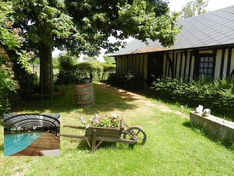 Le gite des 3 Vaches : cheminée, piscine et spa