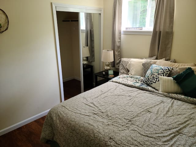 Master bedroom with large and comfortable king size bed and a 4ft by 4ft walk in closet. Room has tv with casting abilities, watch your favorite streaming services!! Room size is 10ft by 11ft or 3.05 meter by 3.4 meters