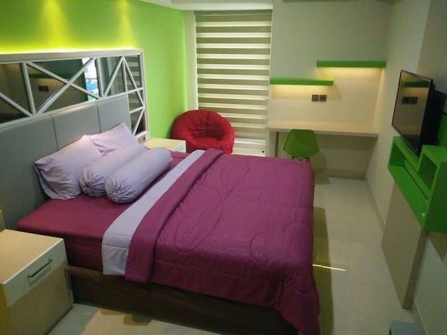 Apart. Louis Kienne, Simpang 5 - Semarang - Daire