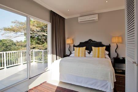 Luxury Apartment Simba