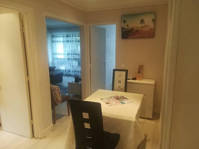 T2 Cosy résidence boisée et calme Proche Paris
