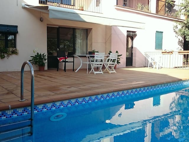 Casa Pura with private pool. 12kms to beach