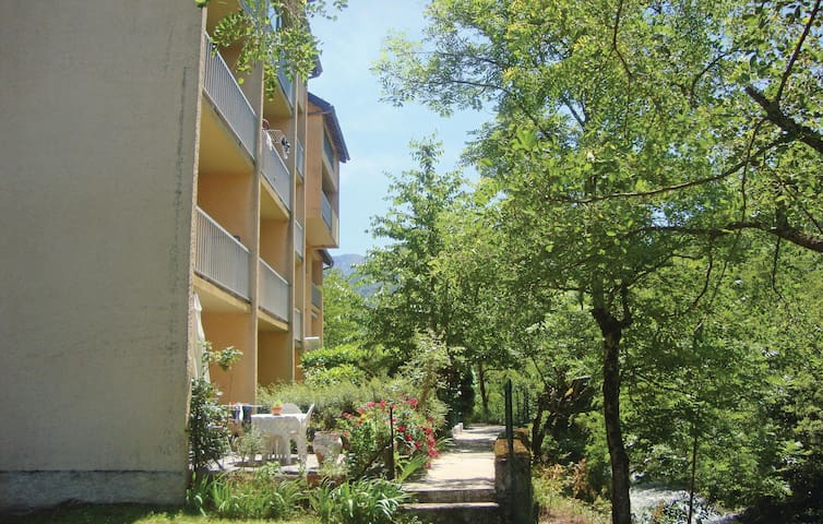 Holiday apartment with 1 bedroom on 23m² in Savignac les Ormeaux
