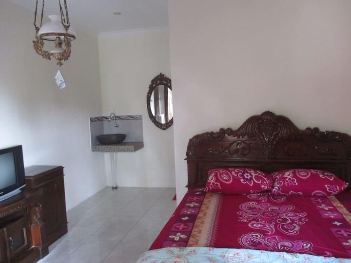 RUMAH UKHI Homestay Yogyakarta