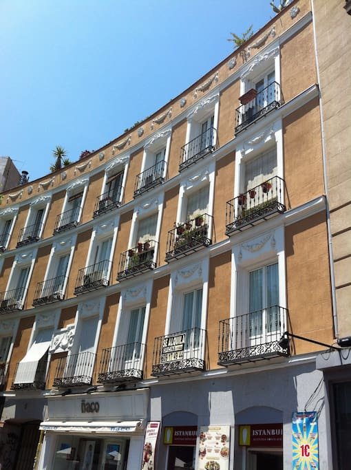 Quevedo 5 - Building