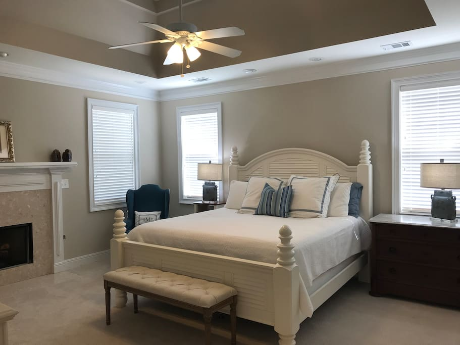 Bedroom #1 (Master)