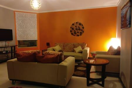 Luxury Apartment @ Bustling Juffair - Manama - Lägenhet