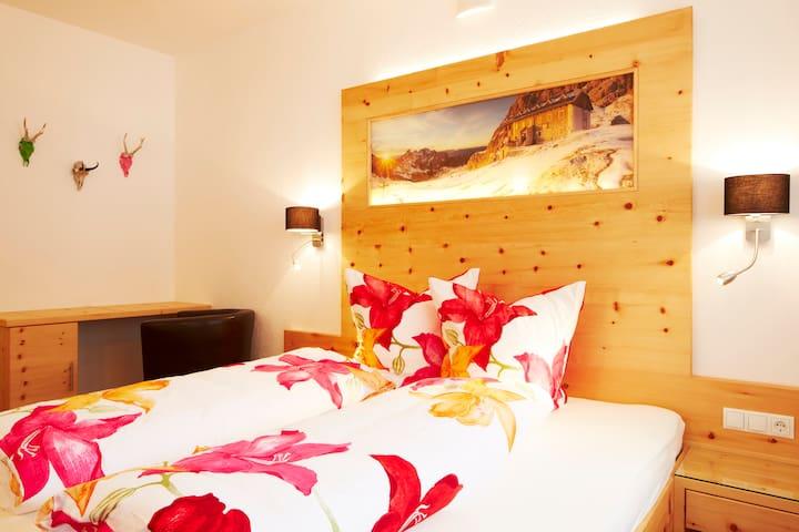 Apartment mit 120m² - Ried im Oberinntal - Lejlighed
