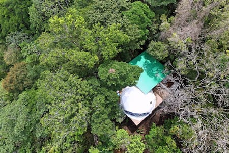 Monteverde Chira Glamping pods. Adventure tent