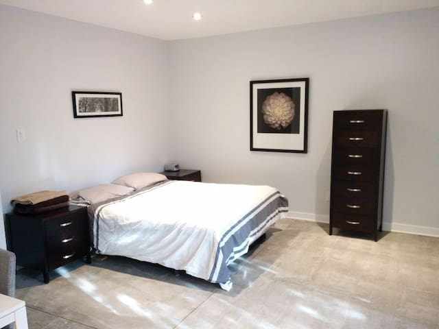 Newly renovated private loft