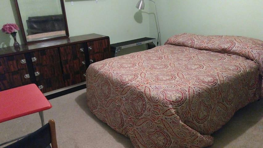 Home Sweet Home Room 3