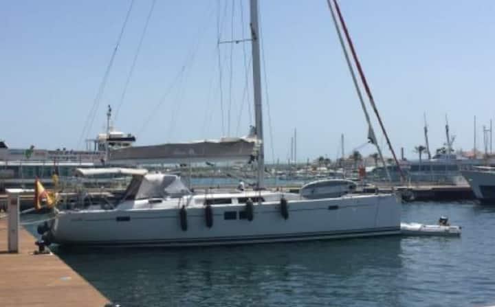 Hanse 505 sailboat