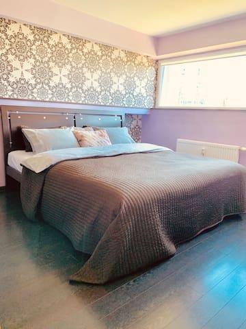 Bedroom 1 (Bed mattress size 180*200 cm) - (6th floor)