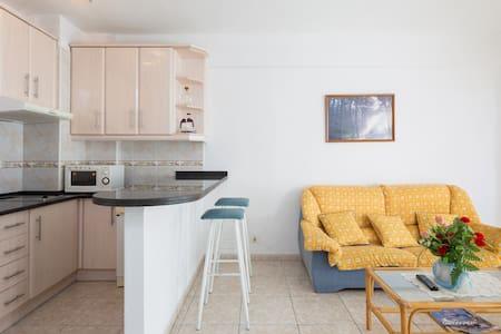 Apartamento en Playa de la Arena 9 - Santiago del Teide - Apartament