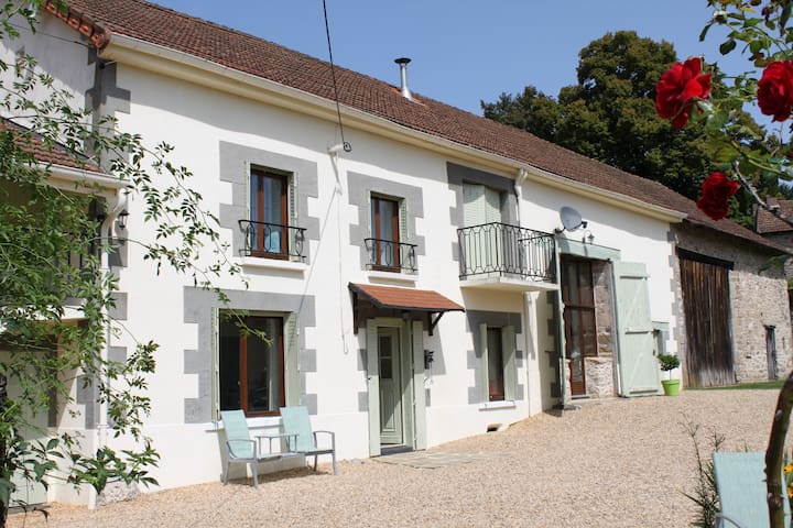 Les Adoux Bed & Breakfast
