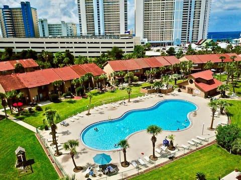 11 Pools! Gated community! Gulf highlands family-f
