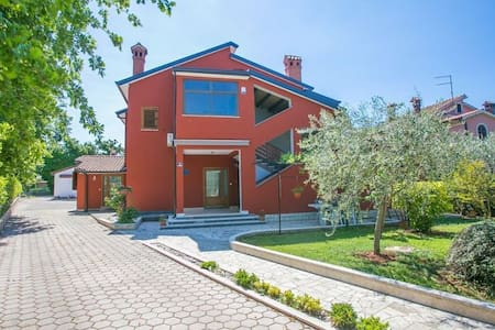 Apartment Milica only 3 km from sea - Kukci