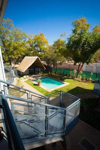 Apartments @ 125 - Unit 1; lapa & pool