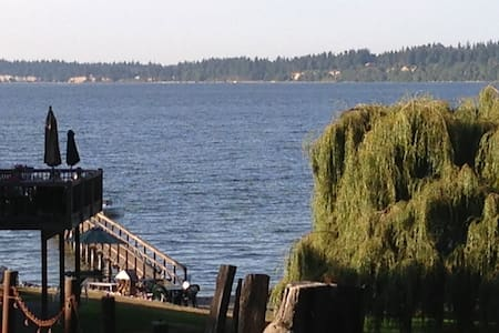 The Gambles Guest House - Port Gamble
