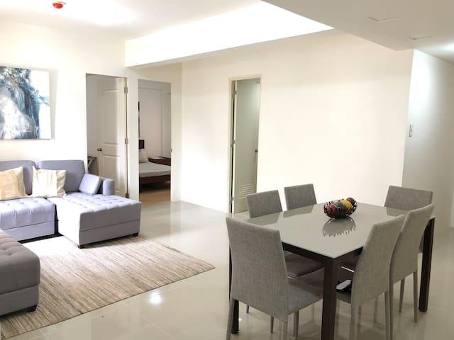 Cozy 2 Bedroom Condominium