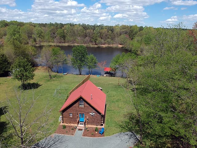 Log Cabin-Private LAKE-ISLAND -142  Acre W/ TRAILS