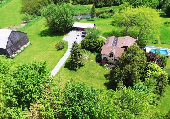Hidden Farm Escape in the Heart of the Kawarthas
