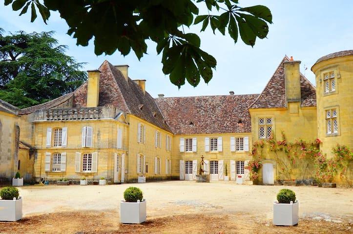 Chateau Cardoux Saint-Exupéry