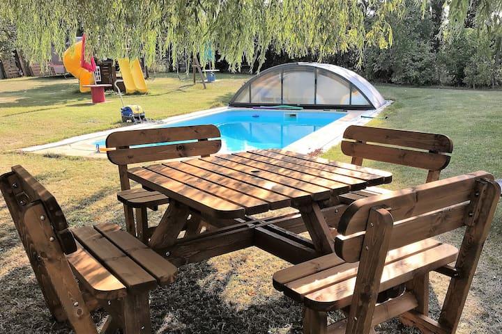 Autour du Saule, Gde propriété avec piscine et spa