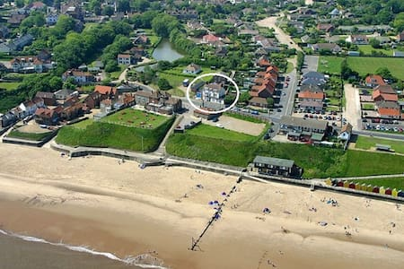 Beach House Mundesley - Dom