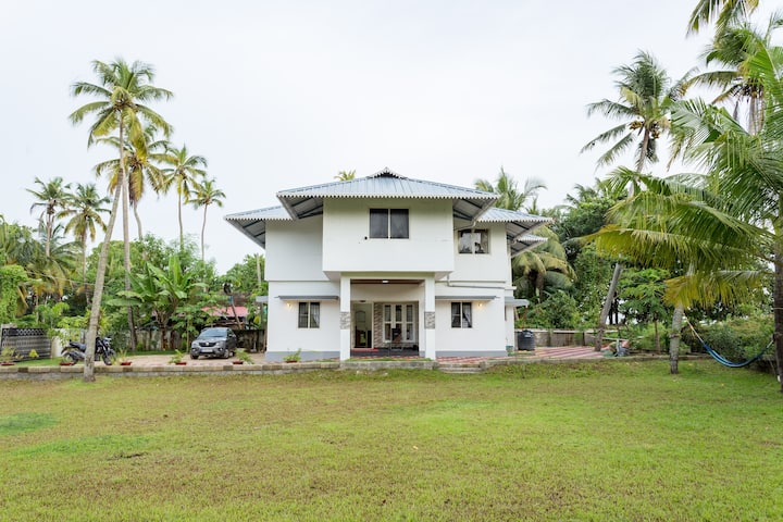 Beach House in Vypin Island