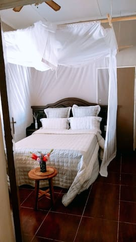 Sas'Africa guest house room 5