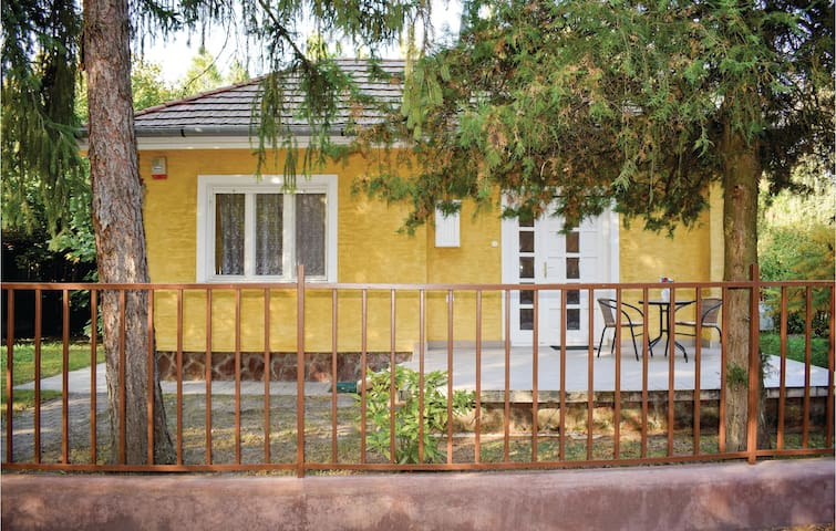 Holiday cottage with 1 bedroom on 49m² in Zamárdi