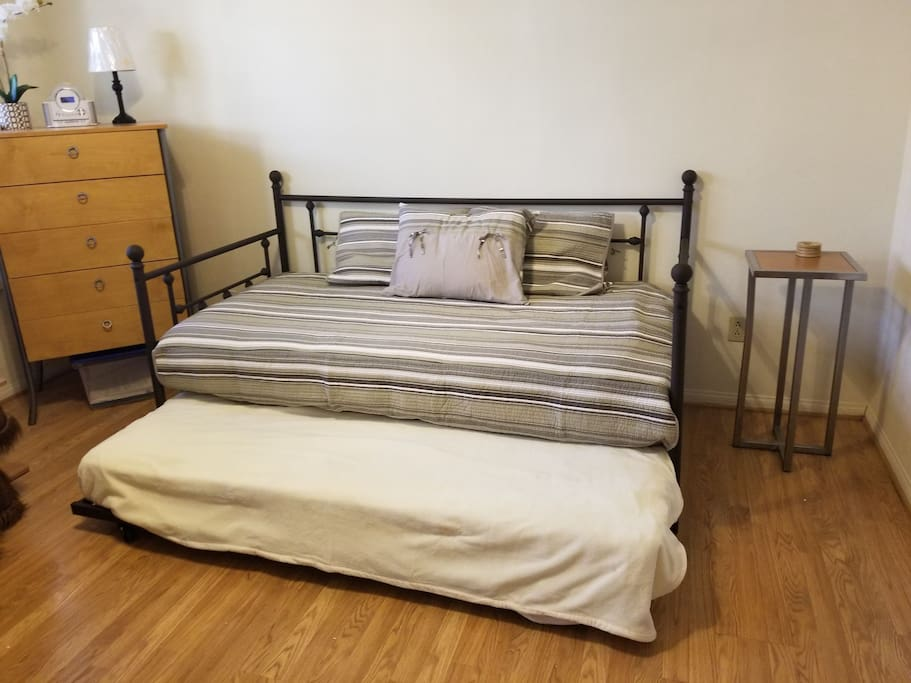 twin bed with twin pull out.