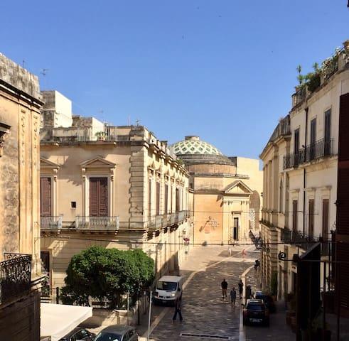 Bed&Baroque apartment, historic centre of Lecce